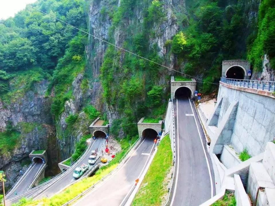 Dünyanın en güzel yolları 11