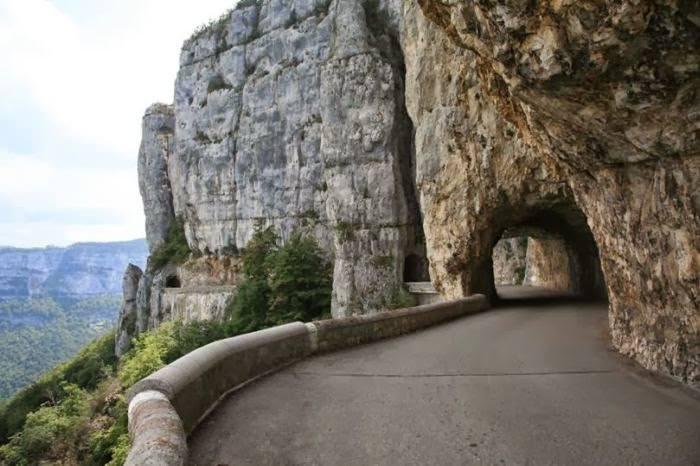 Dünyanın en güzel yolları 7