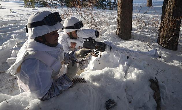 Komandolar zorlu kış eğitimini başarıyla tamamladı 2