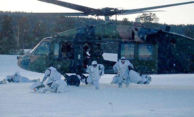 Komandolar zorlu kış eğitimini başarıyla tamamladı 9