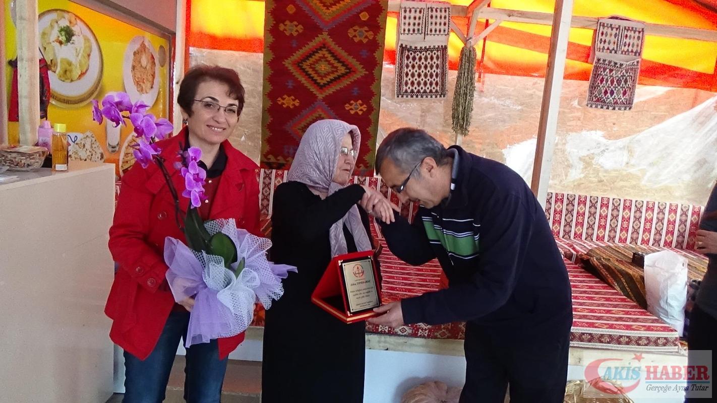 Zehra öğretmenin öğrencilerinden 41 yıllık vefa 8