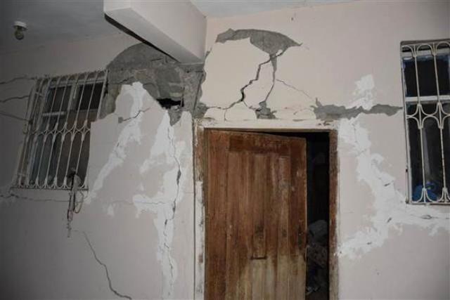 Adıyaman'daki depremden ilk fotoğraflar 13