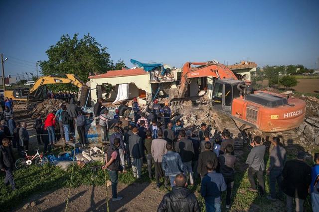 Adıyaman'daki depremden ilk fotoğraflar 6