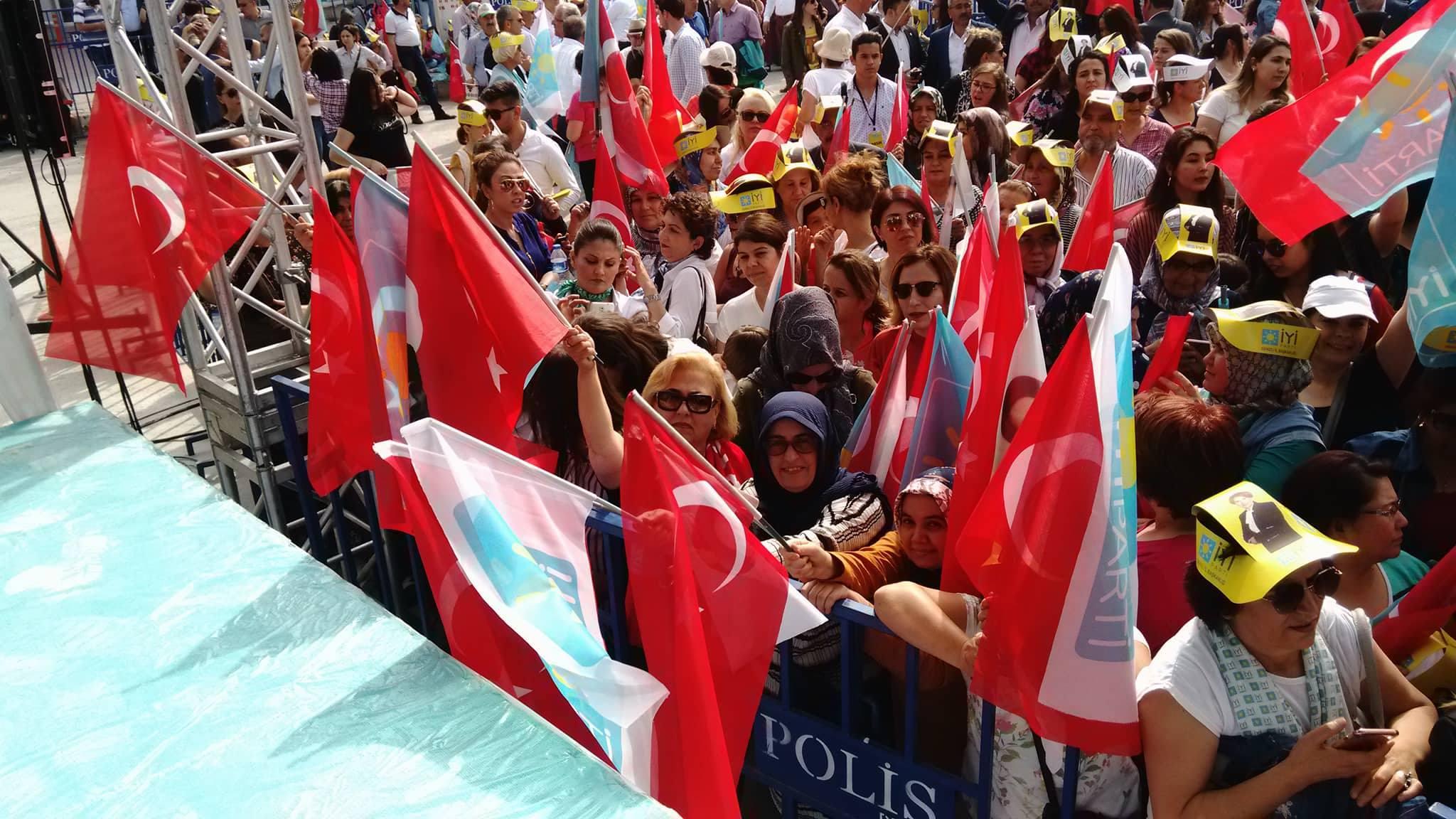 Başkan Akşener Denizli'de! 18
