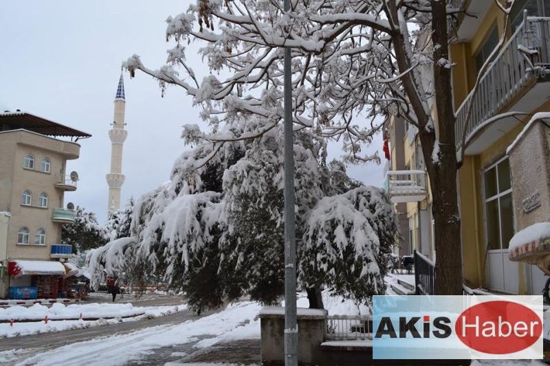 Dazkırı'da Kar Manzaraları 2