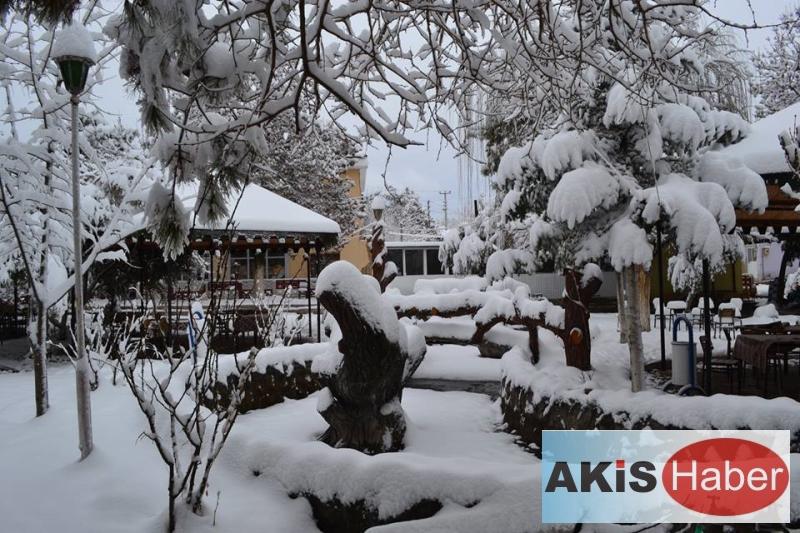 Dazkırı'da Kar Manzaraları 5