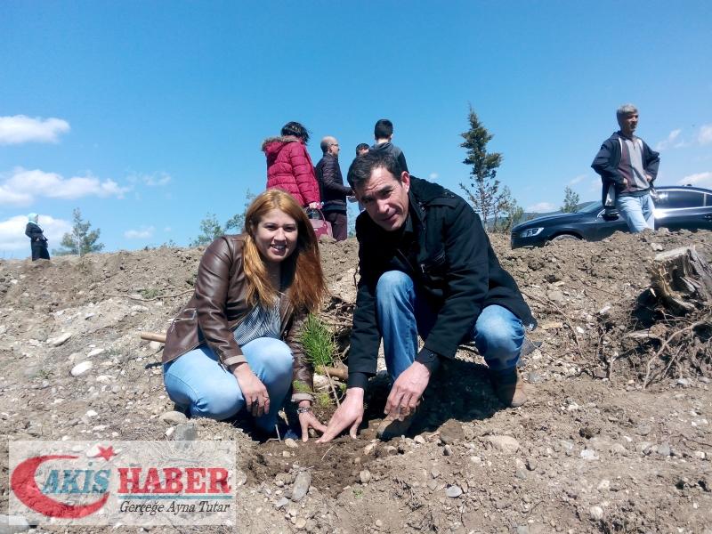 Başbuğ Türkeş Ormanına 300 Fidan Dikildi 49