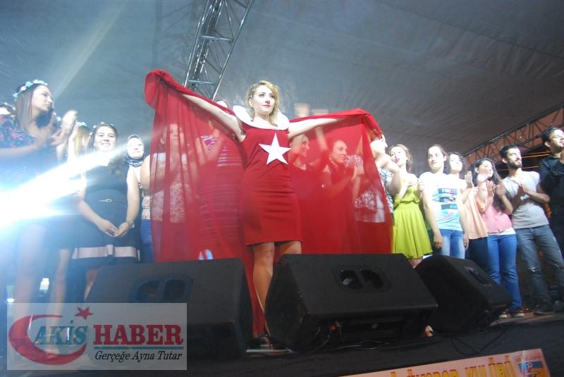 Kızılcabölük Festivaline Bayrağımız Damgasını Vurdu 11