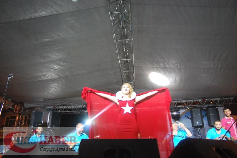 Kızılcabölük Festivaline Bayrağımız Damgasını Vurdu 13