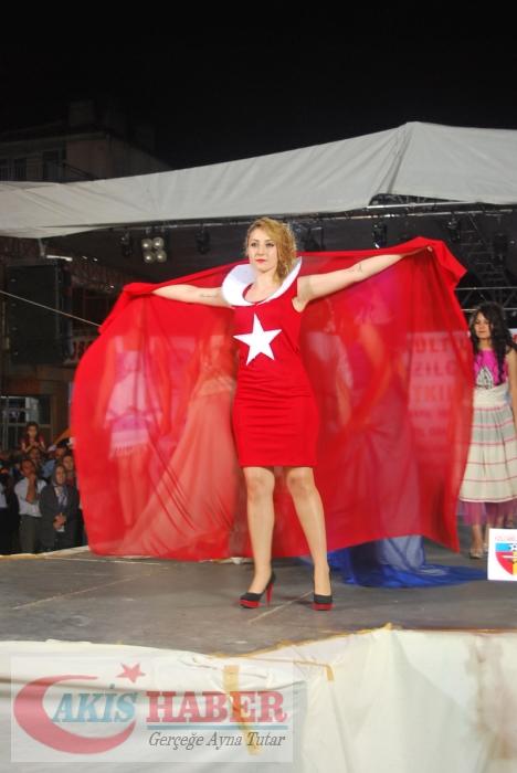 Kızılcabölük Festivaline Bayrağımız Damgasını Vurdu 2