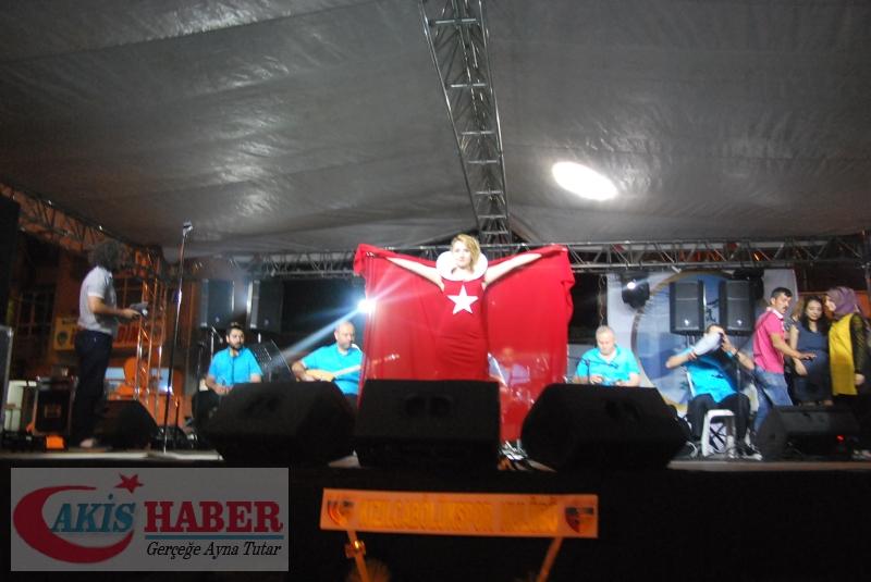 Kızılcabölük Festivaline Bayrağımız Damgasını Vurdu 3