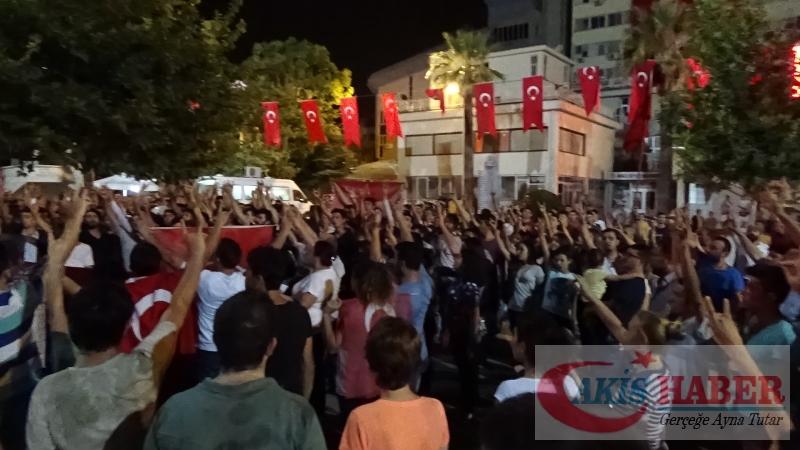 Teröre Protestoda Denizli'de Gergin Gece 13