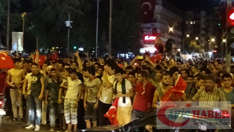 Teröre Protestoda Denizli'de Gergin Gece 15