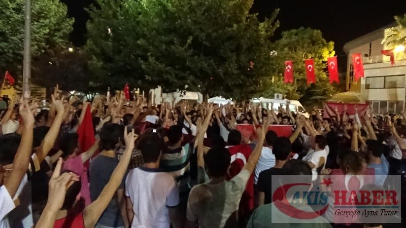 Teröre Protestoda Denizli'de Gergin Gece 18
