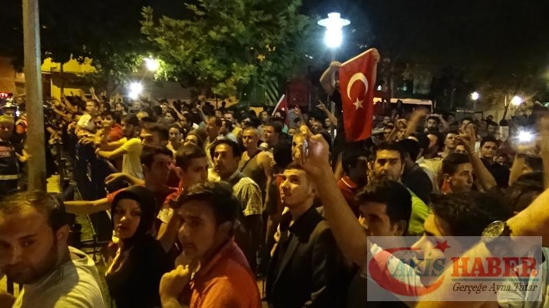 Teröre Protestoda Denizli'de Gergin Gece 20