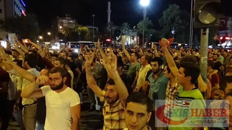 Teröre Protestoda Denizli'de Gergin Gece 21