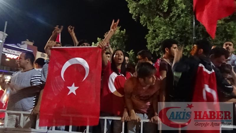 Teröre Protestoda Denizli'de Gergin Gece 25