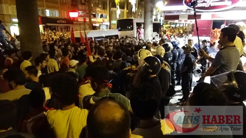Teröre Protestoda Denizli'de Gergin Gece 26