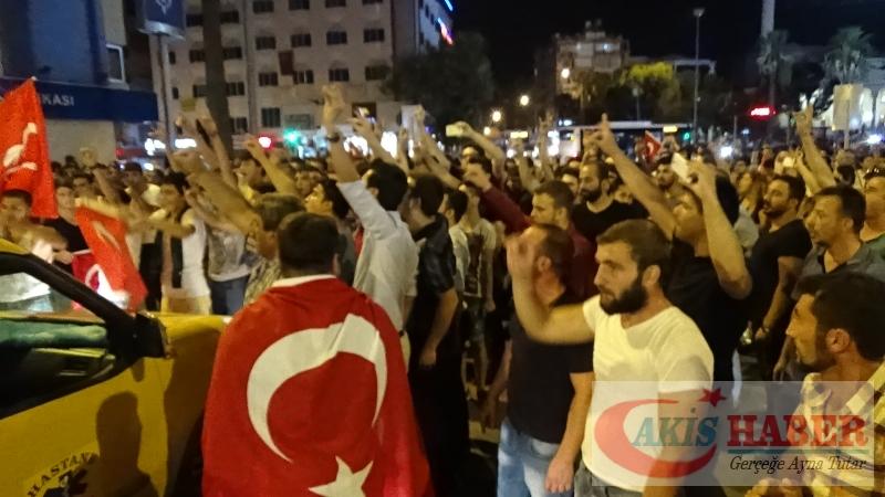 Teröre Protestoda Denizli'de Gergin Gece 30