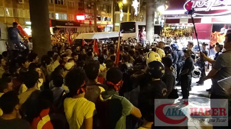 Teröre Protestoda Denizli'de Gergin Gece 32
