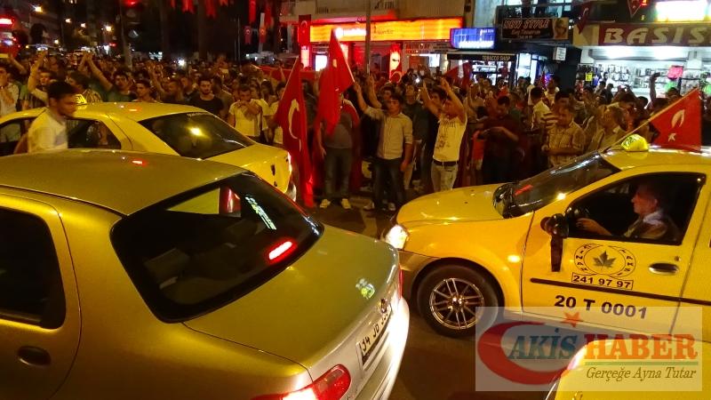 Teröre Protestoda Denizli'de Gergin Gece 34