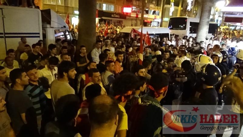 Teröre Protestoda Denizli'de Gergin Gece 37