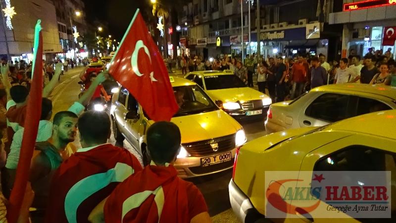 Teröre Protestoda Denizli'de Gergin Gece 4