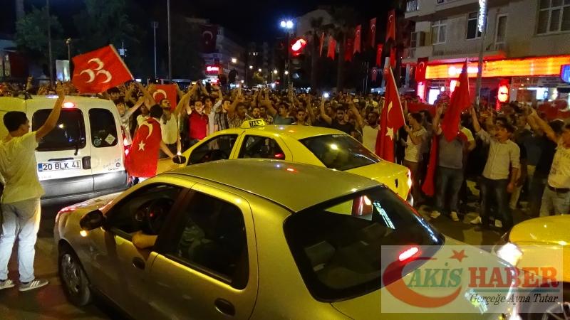 Teröre Protestoda Denizli'de Gergin Gece 41