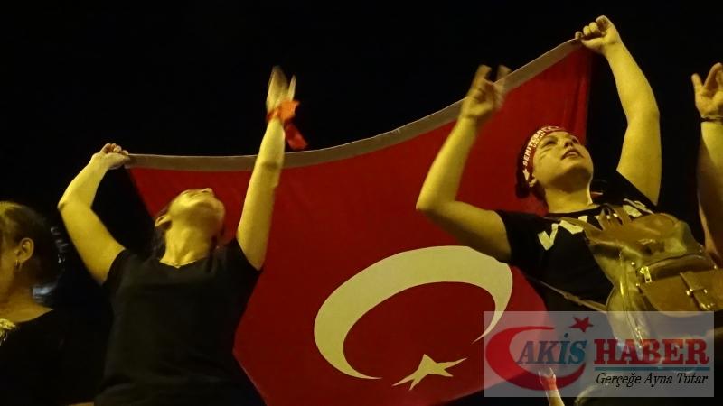 Teröre Protestoda Denizli'de Gergin Gece 46