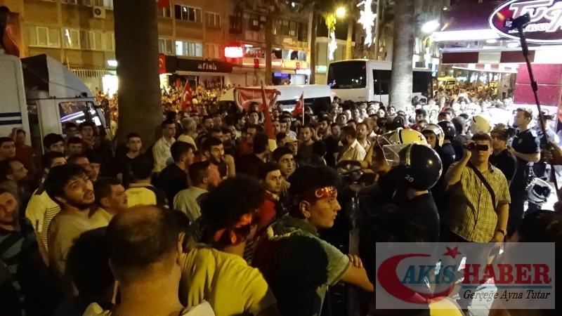 Teröre Protestoda Denizli'de Gergin Gece 49