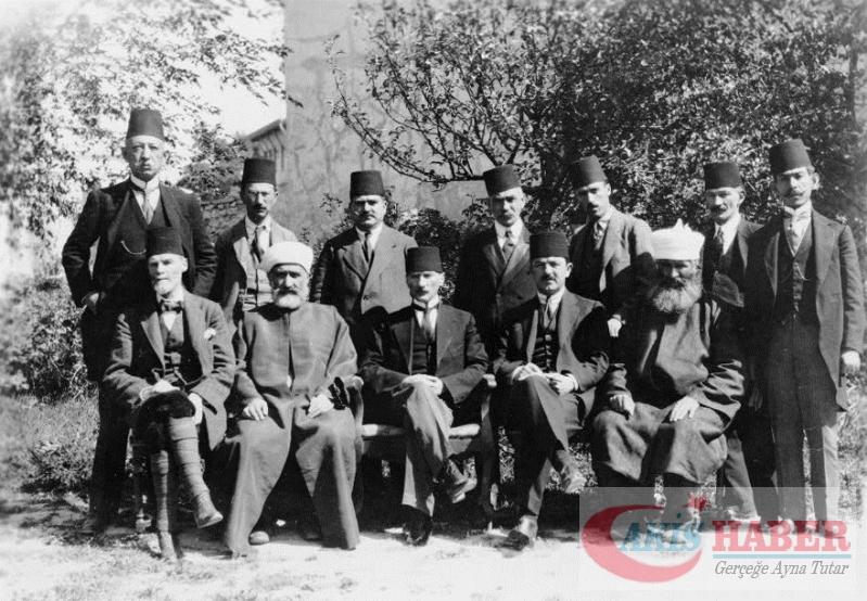 Atatürk'ün savaş zamanındaki resimleri 13