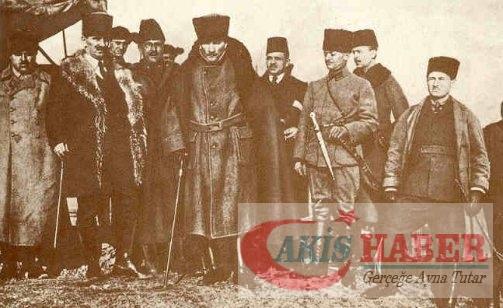 Atatürk'ün savaş zamanındaki resimleri 2