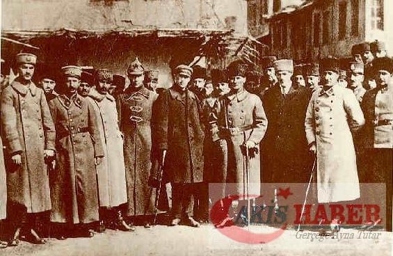 Atatürk'ün savaş zamanındaki resimleri 20