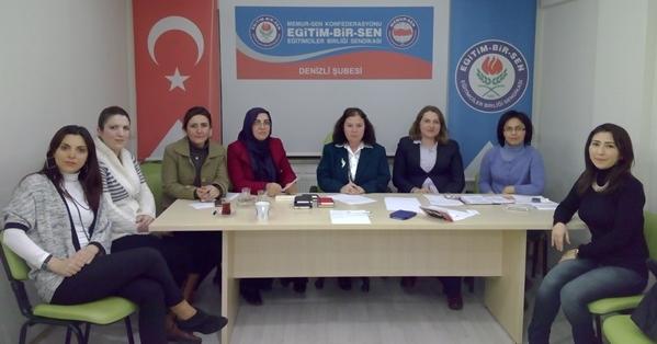 """Eğitim-Bir-Sen """"Kadınların Katılmadığı Bir Mücadele de Yutulan Lokma da Eksiktir"""""""