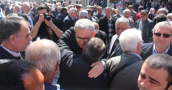 CHP'nin Aday Tanıtımında Kazım Arslan'a İlgi Büyüktü