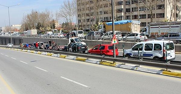 Üçgen'de 5 Araç Birbirine Girdi!