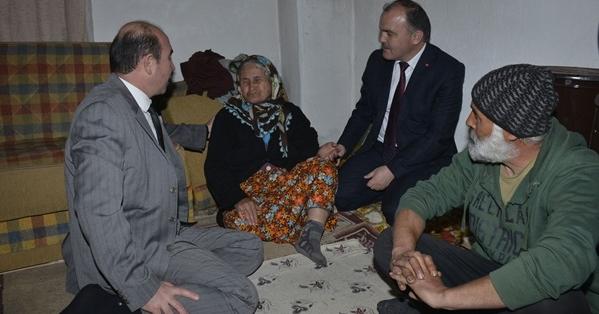 Başkan Gürlesin'den Şehit Annesine Ziyaret