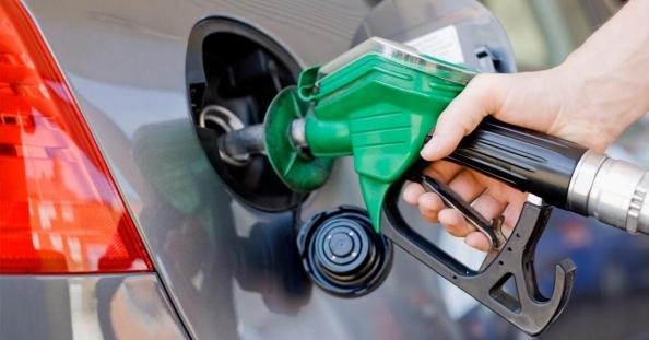 Benzine 4 kuruşluk yeni zam