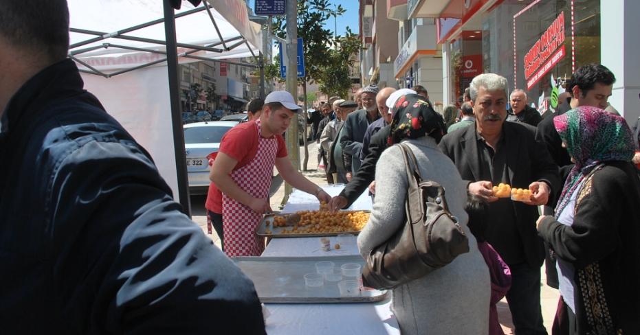 MHP Başbuğ Hayrına Lokma Döktürdü