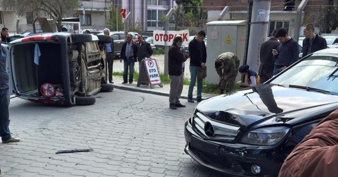 Denizli'de Askeri Araç Kaza yaptı