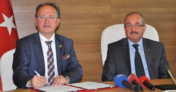 Denizli'de İlçe Belediyeleri, Okulların Hamisi Oldu