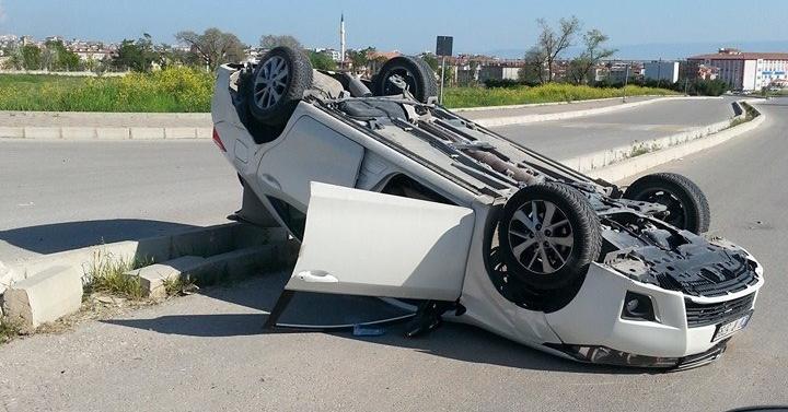 Denizli'de Aşırı Hız Kaza Getirdi