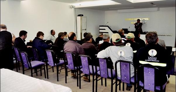 Tavas Belediyesi, Çalışanlarına Eğitim Semineri Düzenledi