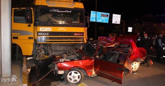 Bakırlı'da Feci Kaza,3 Ölü 3 Yaralı