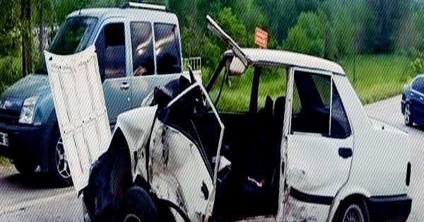 Honaz'da 4 Araç Birbirine Girdi