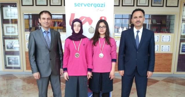 Servergazili Öğrenciler Tiflis'te Dünya İkincisi Oldu