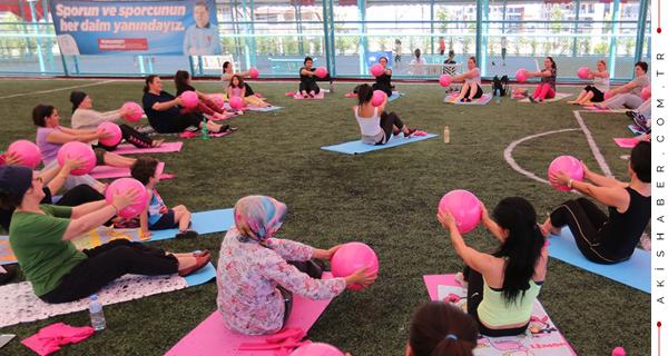 Merkezefendili Kadınlara Pilates Kursu