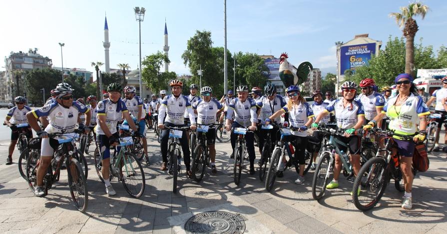 Denizli Bisiklet Festivalinde Pedal Çevrilmeye Başlandı