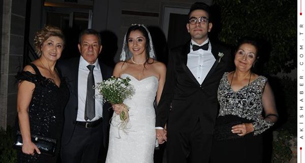 İki Düğün; Büyük Eğlence