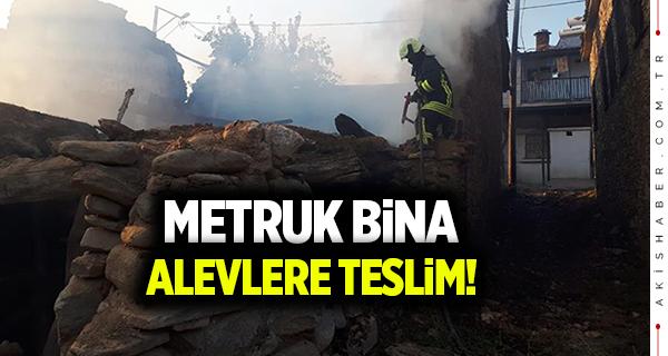 Metruk binada korkutan yangın!